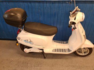 1603-Elektrische-scooter